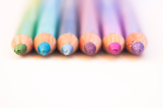 colorful eyeliners