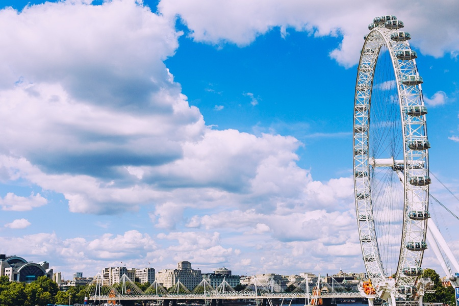 London Eye and Big Ben by Faithieimages 08
