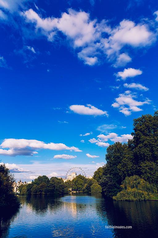 London Eye Peekaboo 002