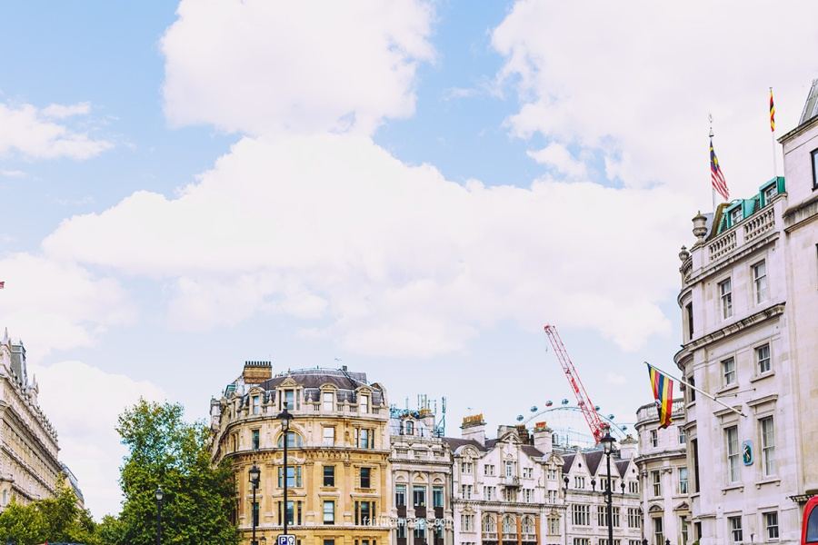 Trafalgar Square National Gallery by Faithieimages 03
