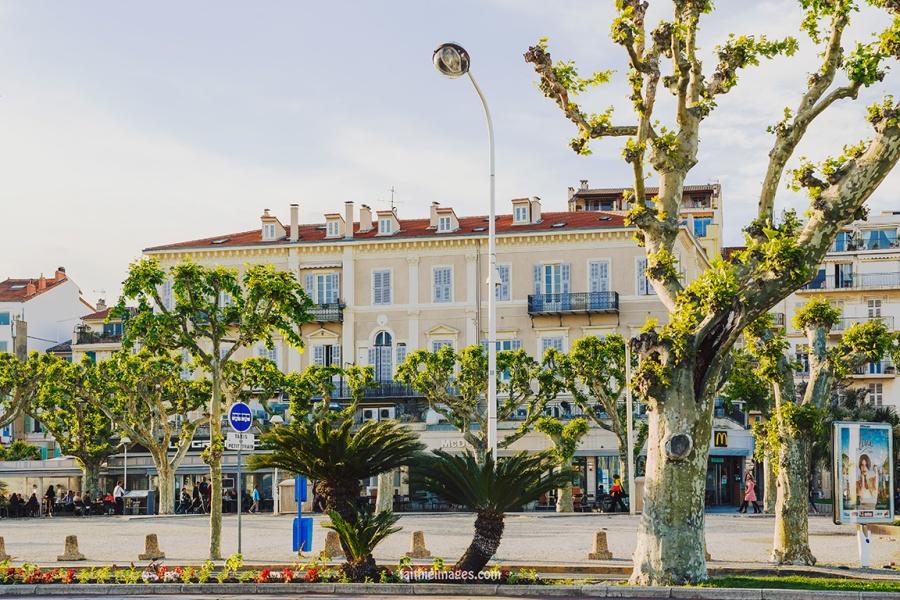 Cannes Pantiero Promenade pt 2 002