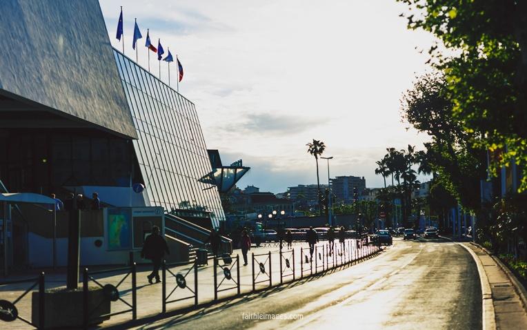 ready, set, action Cannes Palais004