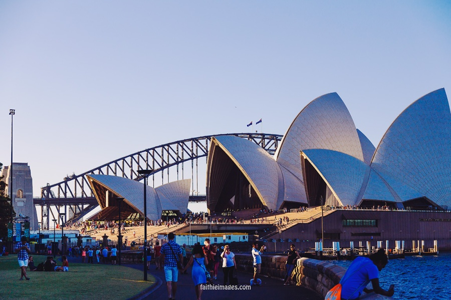 Faithieimages - When I see the Opera House I'm home 004
