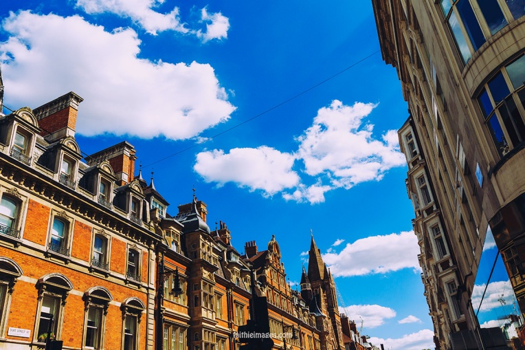 out-and-about-in-london-town-03
