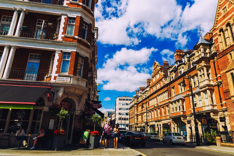 out-and-about-in-london-town-05